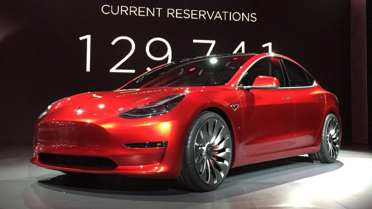 Бюджетний електрокар Tesla Model 3