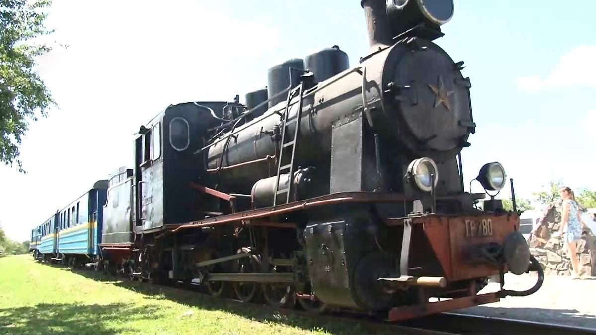 Вскоре туристический ретро-поезд повезет первых пассажиров на Закарпатье