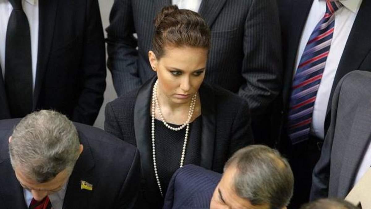 """Не найбільший біс у """"Партії регіонів"""", – журналістка охарактеризувала загиблу Бережну"""