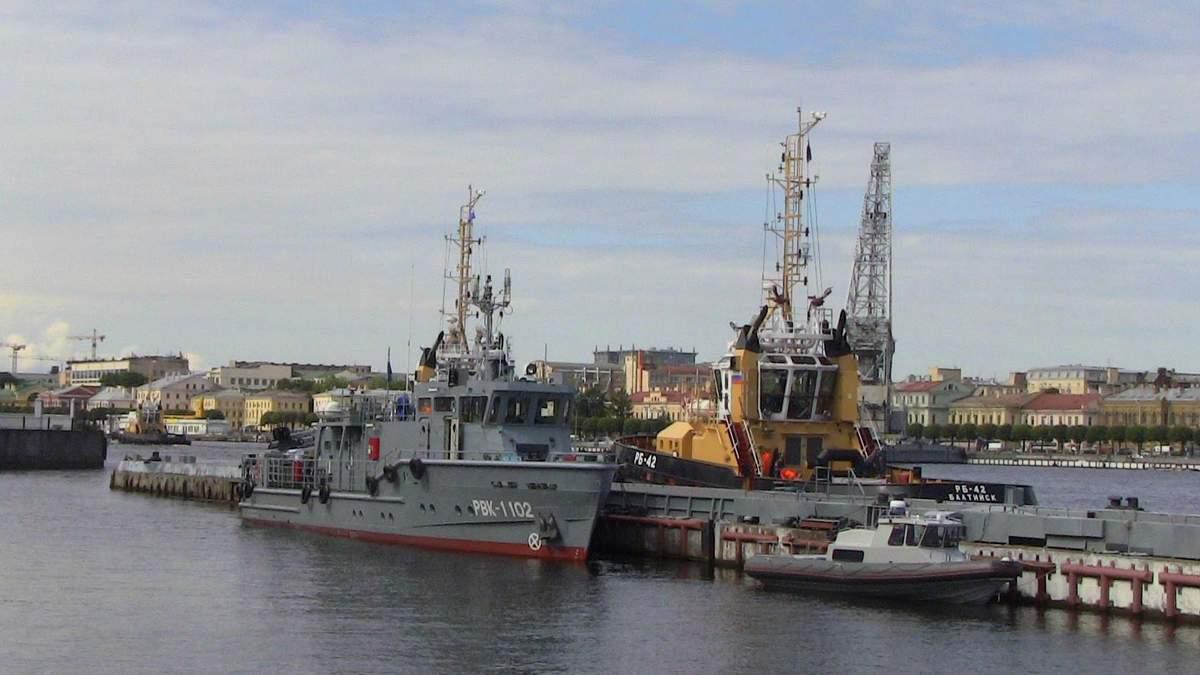 К государственной границе Латвии вплотную приблизились российские корабли