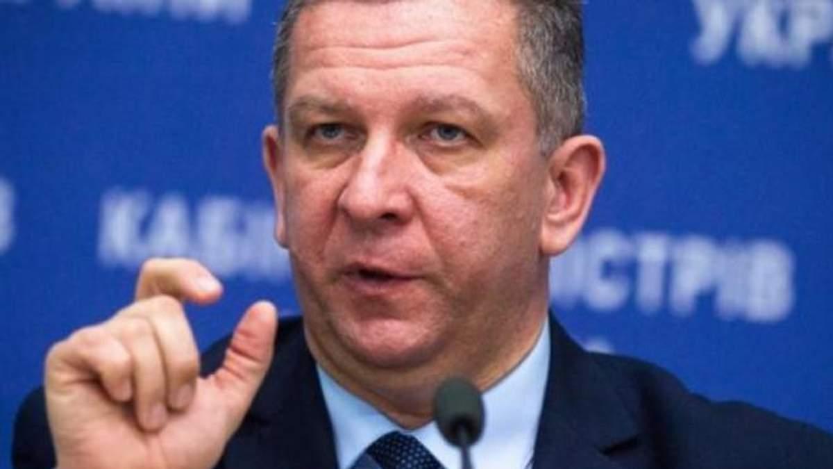 Министр соцполитики заявил, что украинцы много едят