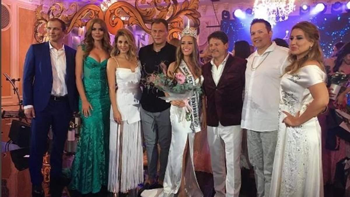 Міс Україна Всесвіт-2017 стала дівчина, яка заспівала гімн: фото і відео