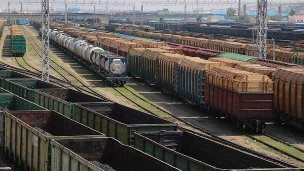 Грузовые поезда в Украине
