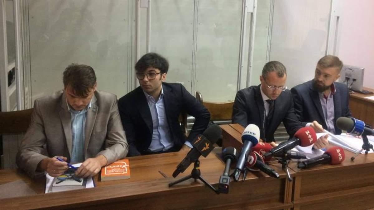 Суд по делу Шуфрича-младшего: папа-нардеп пришел защитить сына