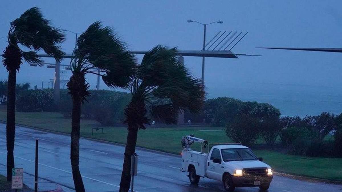 Разрушительная стихия: количество жертв урагана Харви растет
