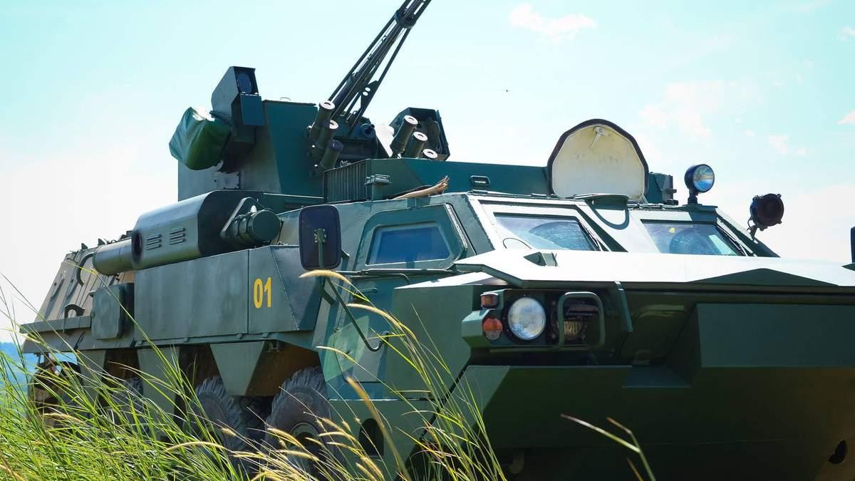 """""""Укроборонпром"""" показав новітнє українське озброєння, створене під час війни на Донбасі"""