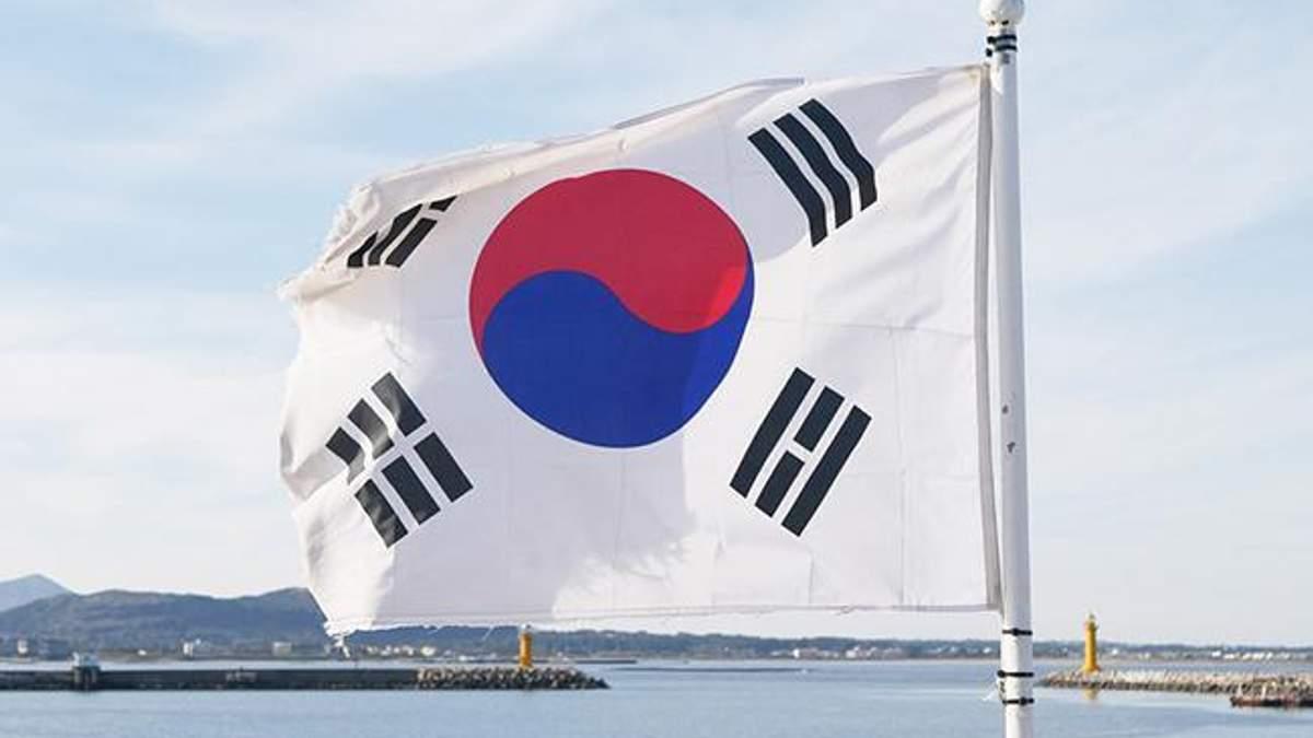 Через запуск ракети КНДР Південна Корея провела навчання з бойовими снарядами