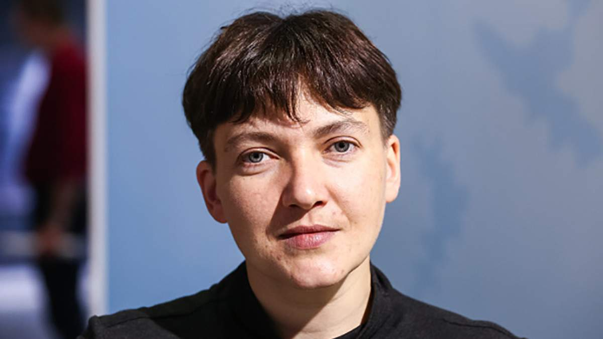 """Савченко у Верховній Раді приміряла """"образ монашки"""""""