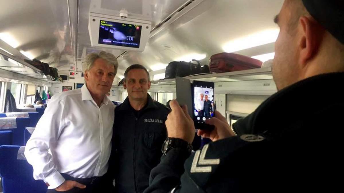 Ющенко здивував нестандартним вчинком