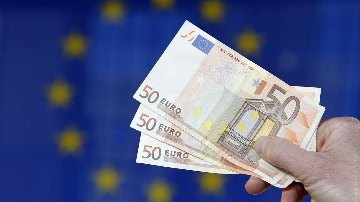 Євро підскочив через безвіз, – експерт