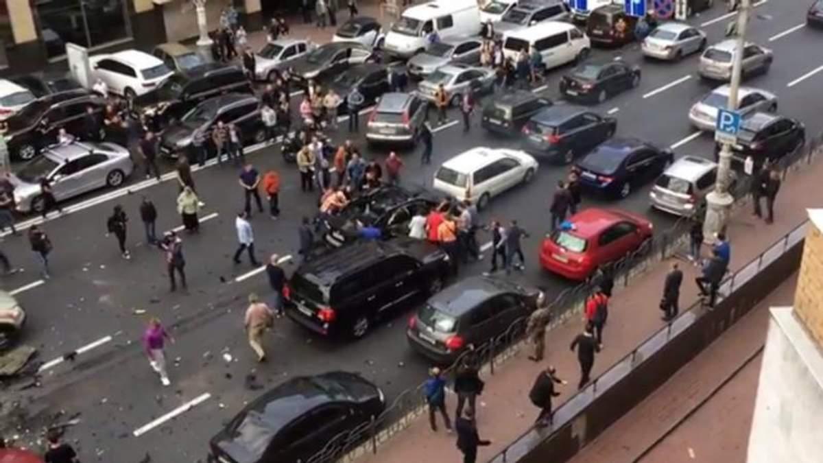 Стало відомо, як звали потерпілу від вибуху автівки у центрі Києва: вона була обличчям Dior