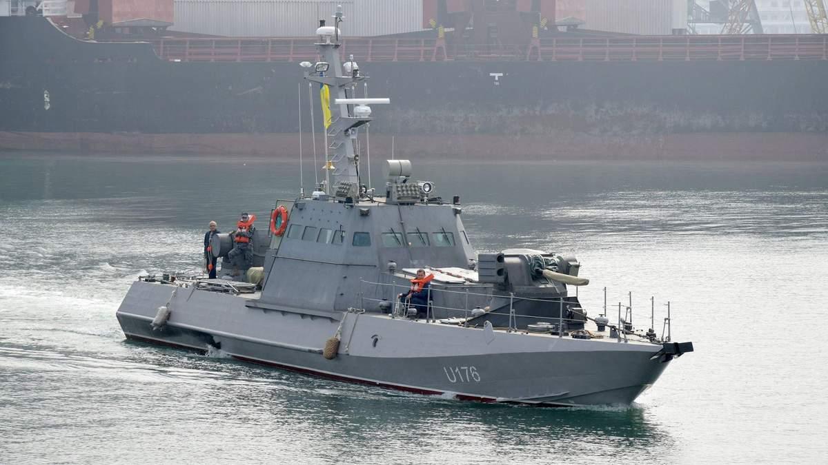 Українська армія отримала нові броньовані артилерійські катери