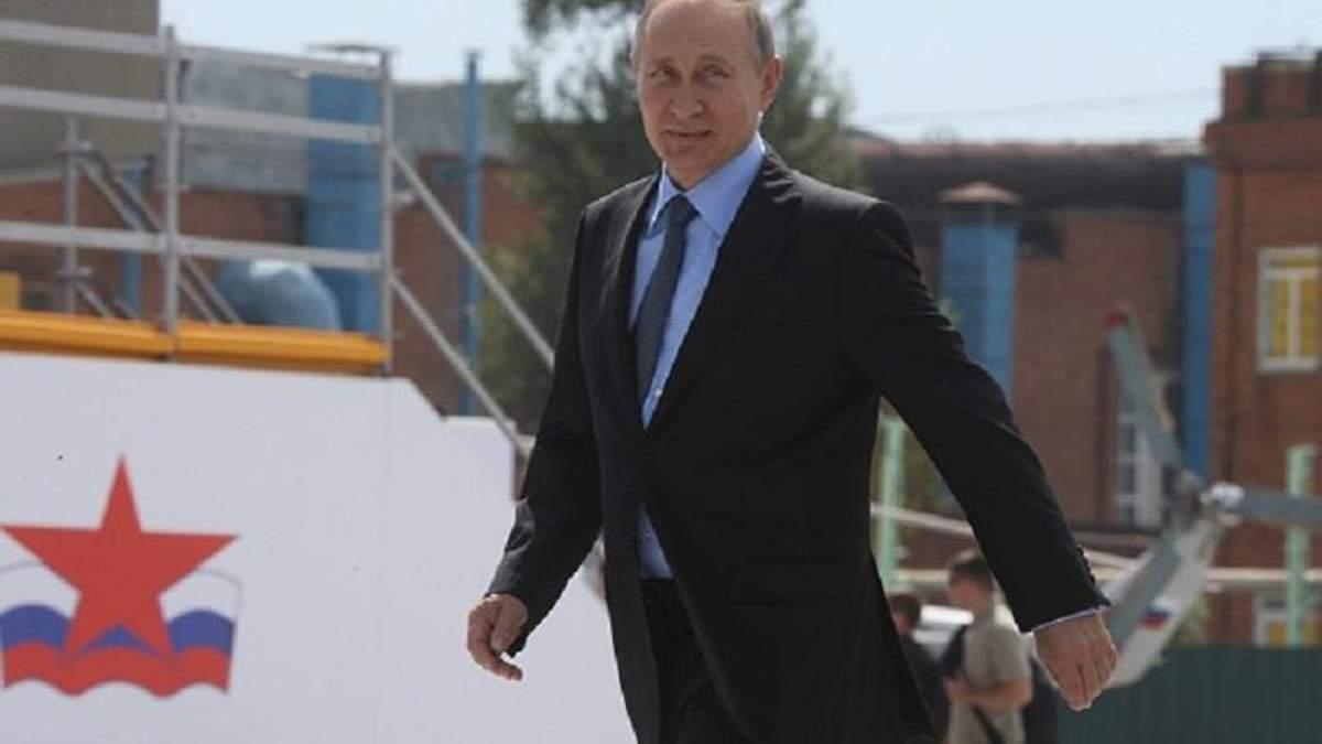 """Карикатурист влучно висміяв """"миротворчі"""" наміри Путіна"""
