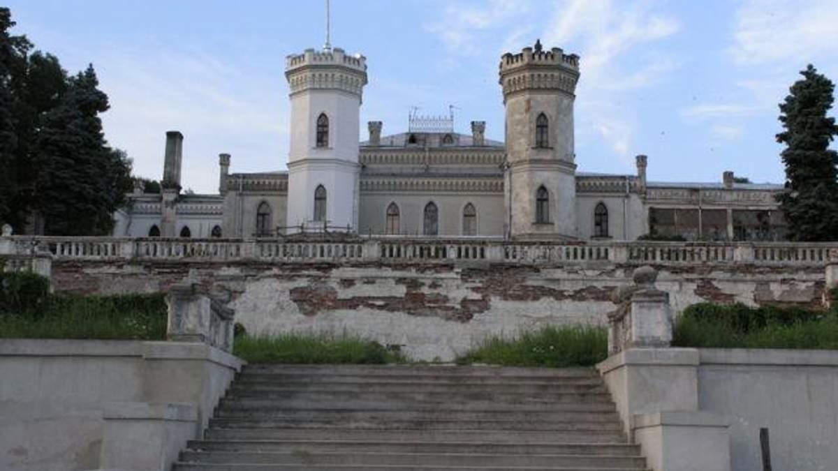 На Харківщині рятують унікальний палац