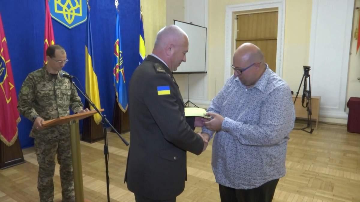 Українські волонтери отримали престижні нагороди: захоплюючі кадри