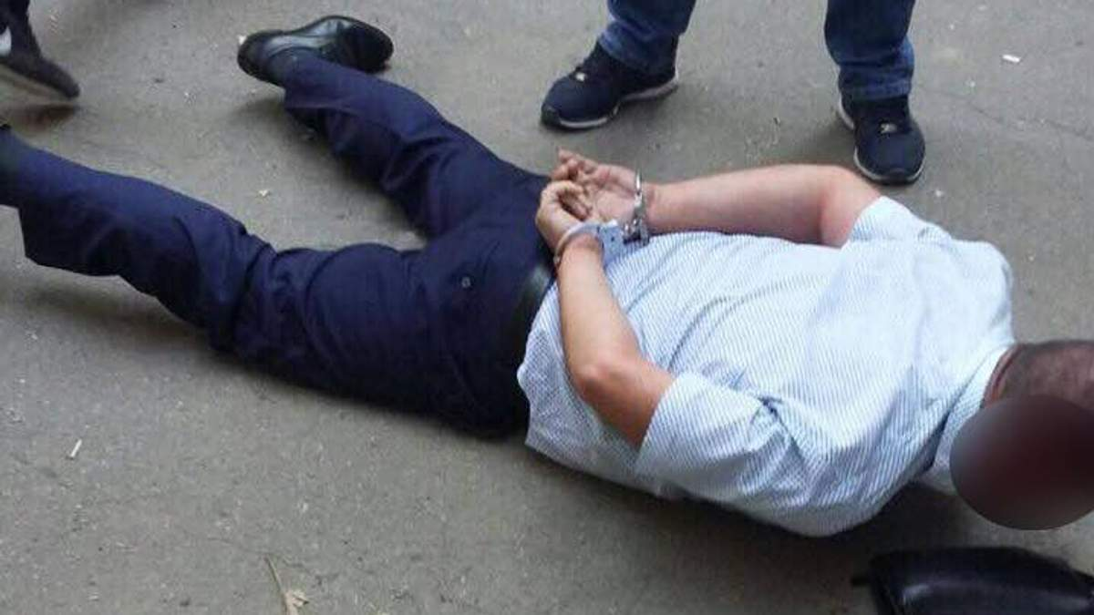 ГПУ похвалилася чотирма затриманнями хабарників за середу