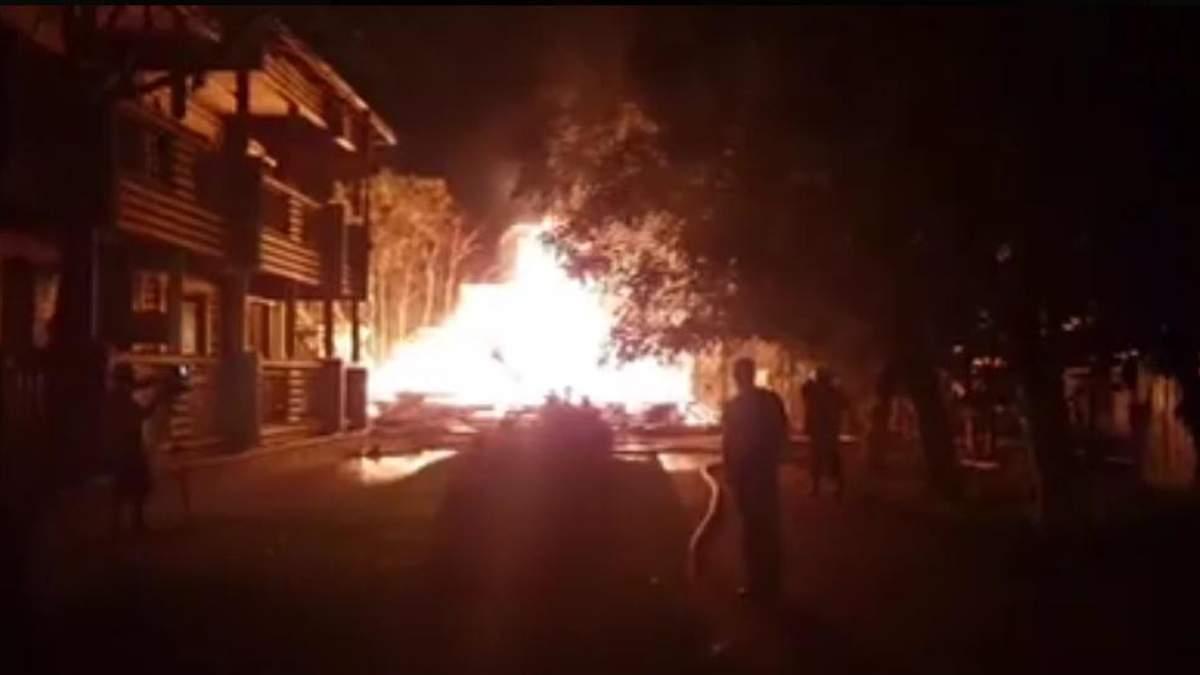 В Одессе горит муниципальный детский лагерь: опубликовали видео
