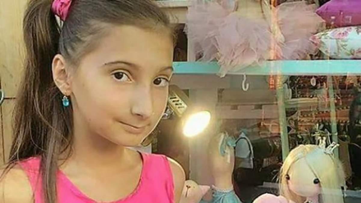 Дівчинку, яка зникла під час пожежі в таборі, бачили в Одесі