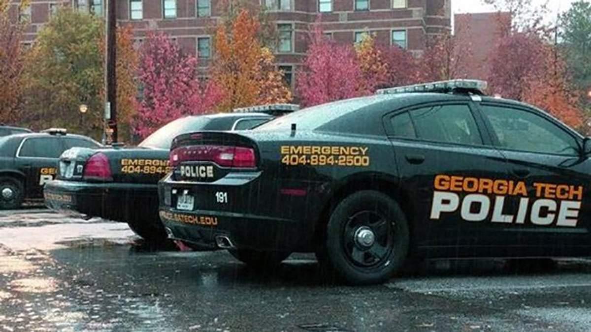У США поліція застрелили студента з ножем