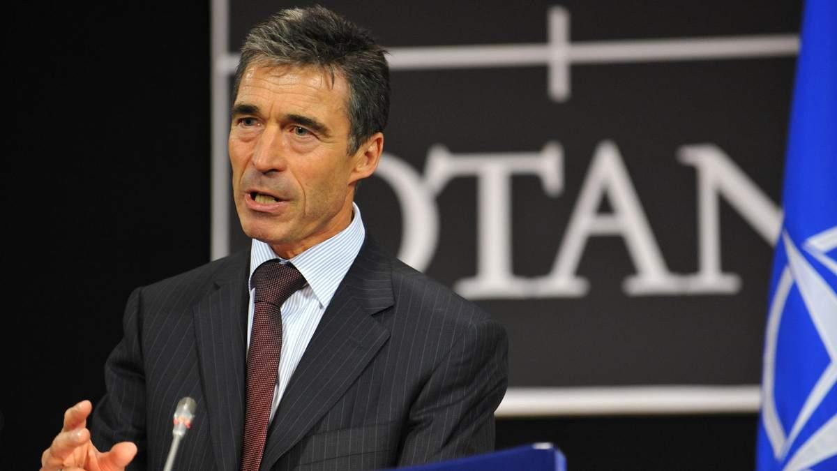 Расмуссен закликав США надати Україні захисні системи