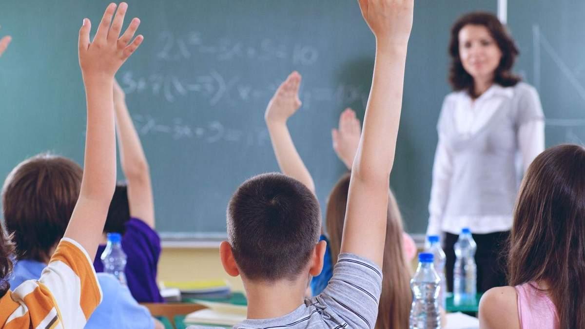 Закон про освіту: реакція країн-сусідів і що тепер робити Україні