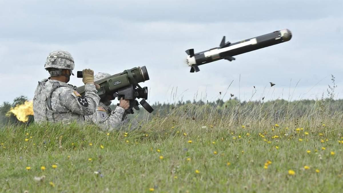 Нічого такого в Україні не відбувається, – МЗС РФ щодо поставок зброї США Києву