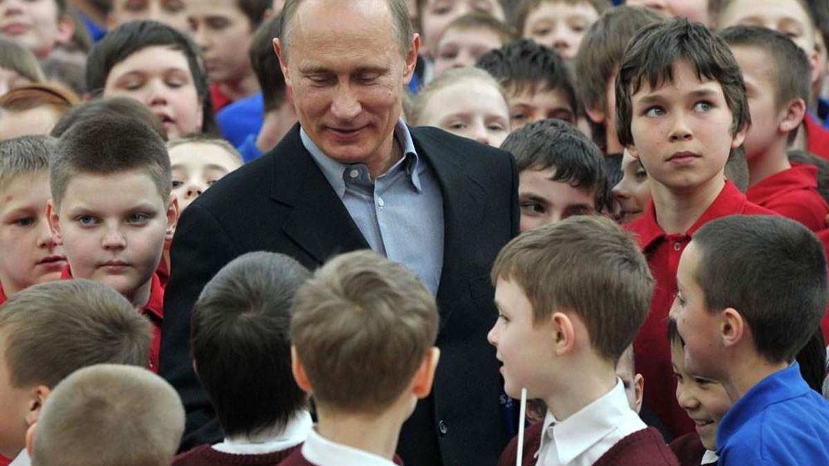 Путін продовжує знищення української мови в окупованому Криму