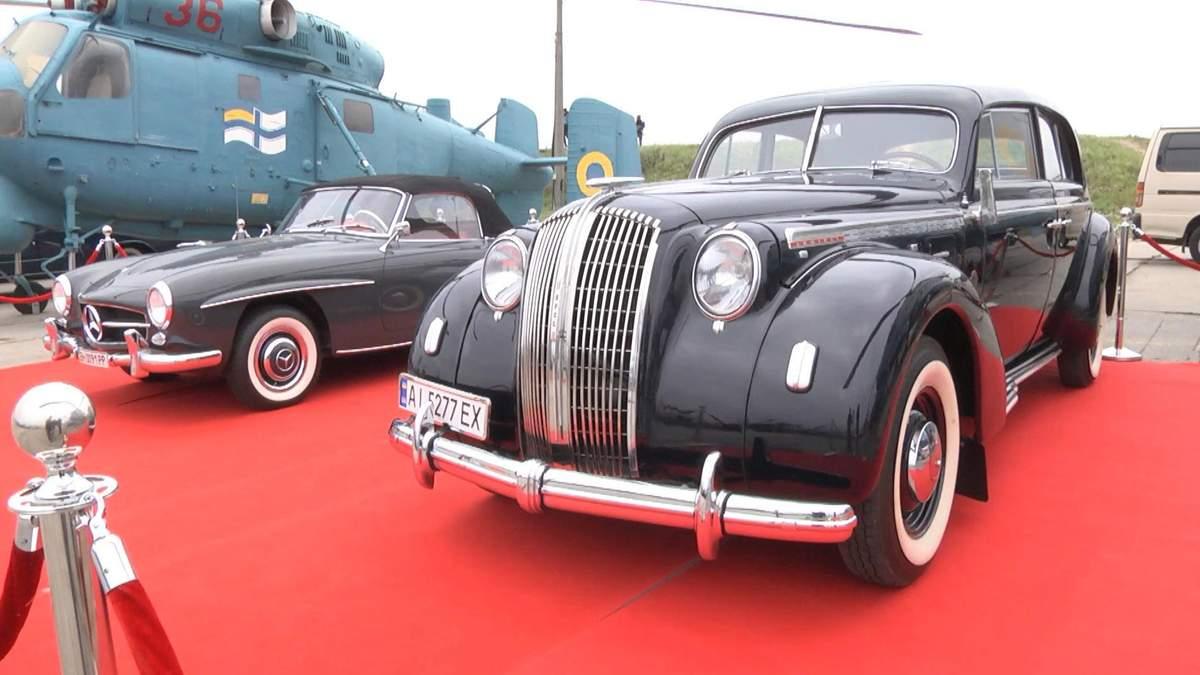 Old Car Land: у Києві стартував фестиваль для любителів ретро-авто