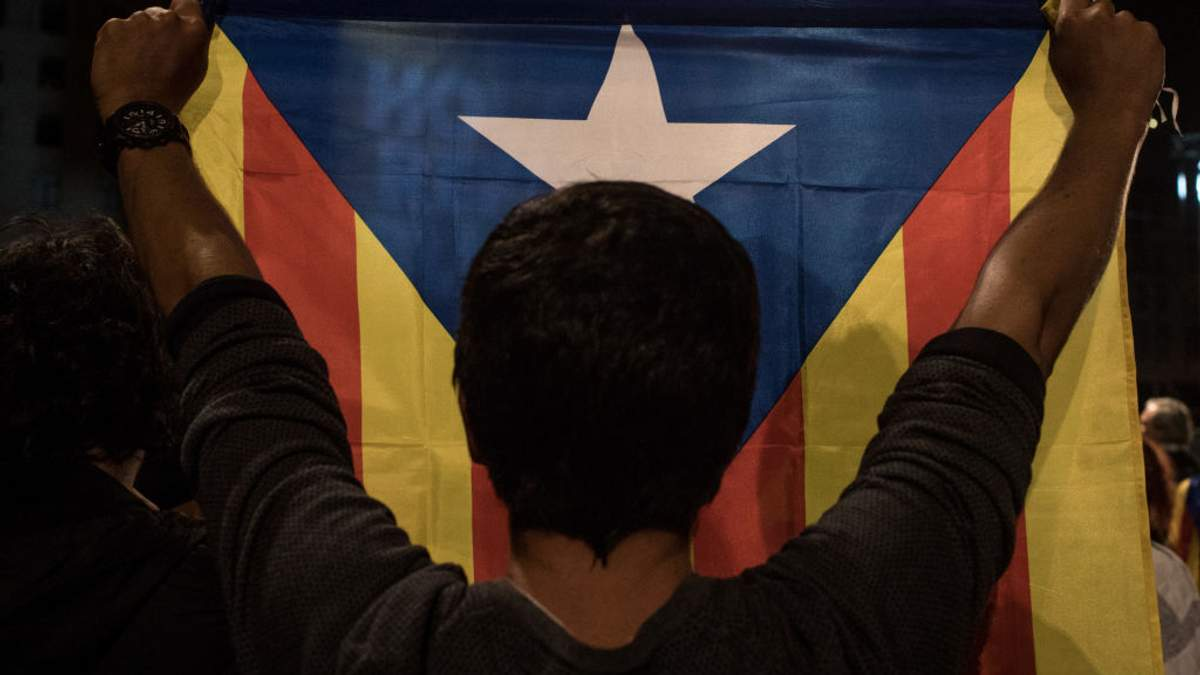 """Референдум в Каталонии: 90% проголосовало """"за"""""""