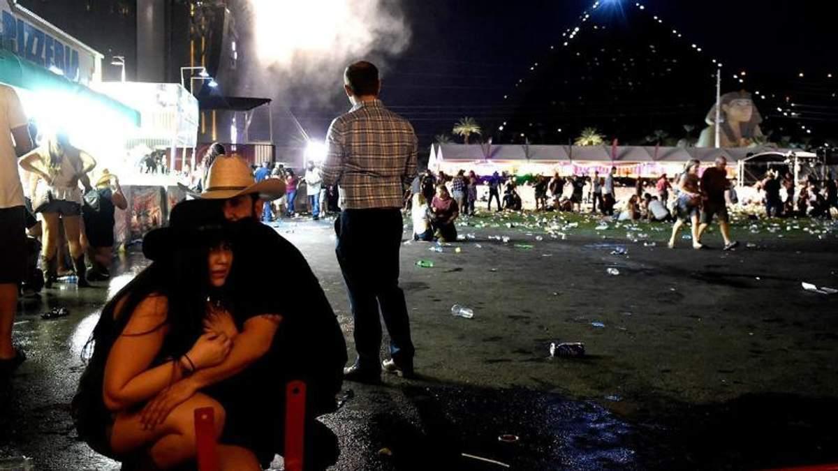 В результате стрельбы в Лас-Вегасе по последним данным погибло 59 человек