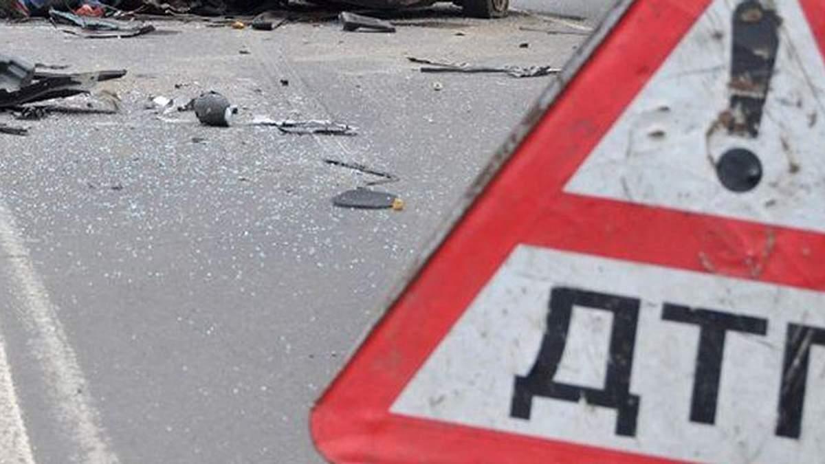 Ужасное ДТП на Киевщине: погиб военный, очень много пострадавших
