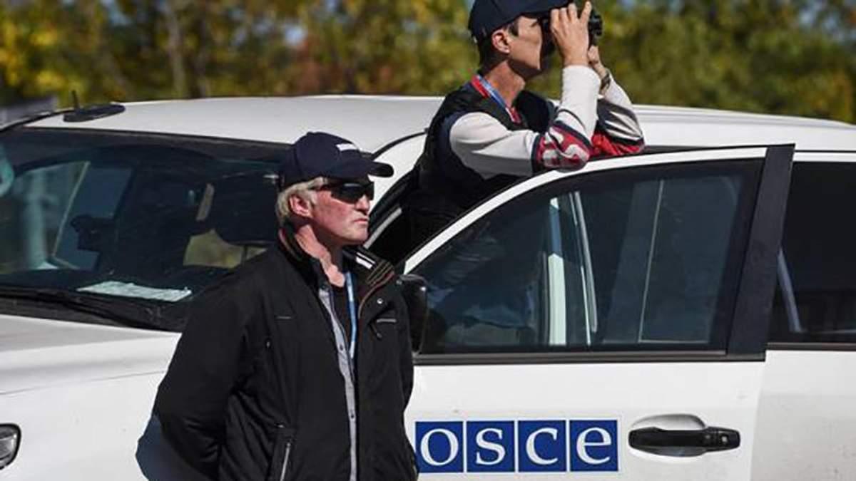 """Боевики """"ослепляют"""" камеры миссии ОБСЕ"""