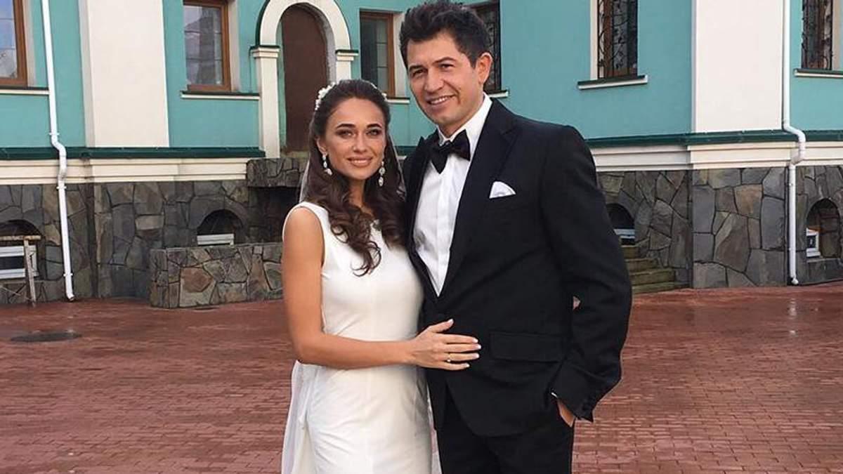 cd8ed55e033fd8e Известный украинский шоумен Джеджула показал яркие фото со своей свадьбы -  Lifestyle 24