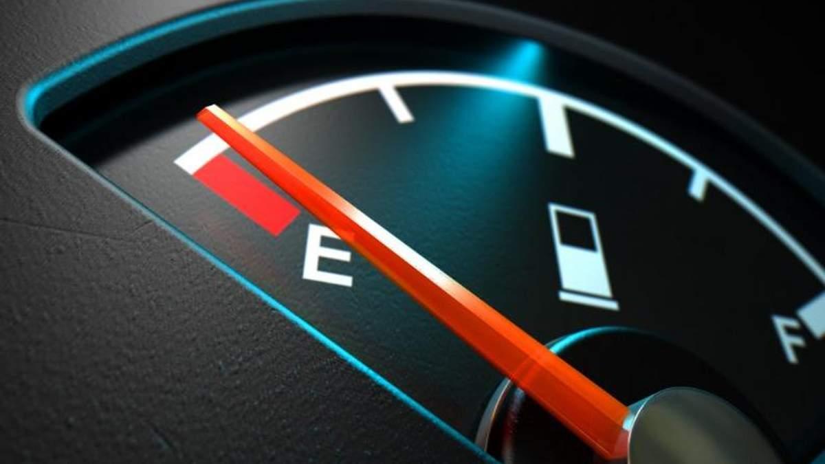 В Україні дорожчає бензин