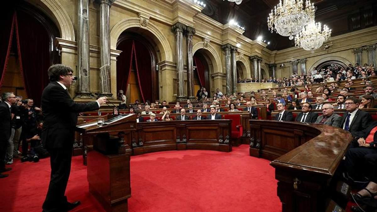 Прокуратура Испании может задержать 9 парламентариев Каталонии