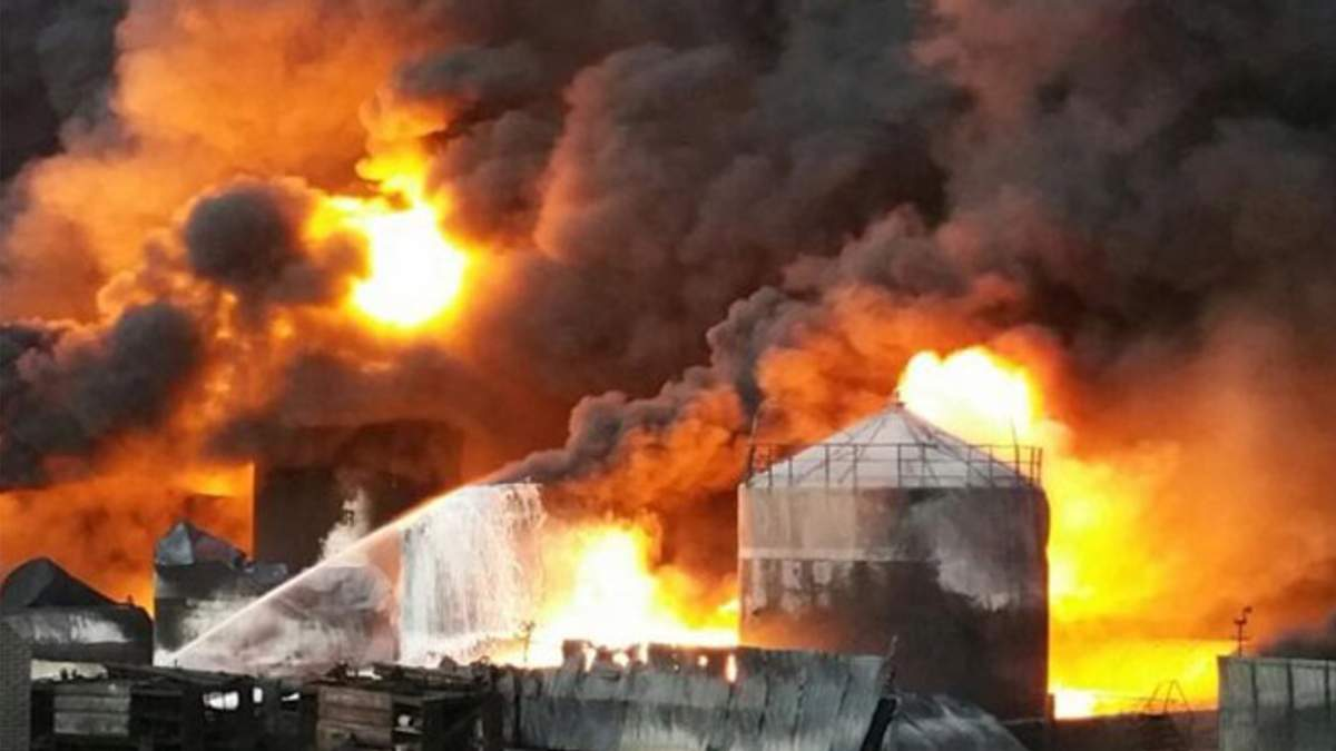 Пожежа на нафтобазі під Васильковом: куди зникли обіцянки влади покарати винних