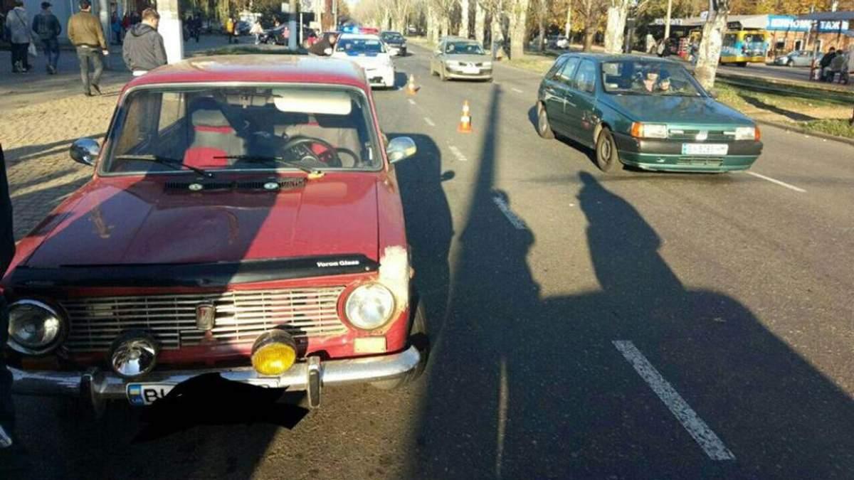 Авто сбило 4-летнюю девочку в Одессе