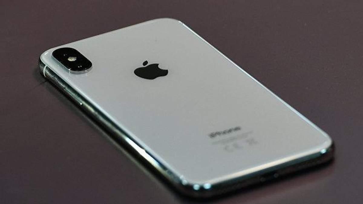 В аеропорту Одеси в українця вилучили понад 40 iPhone X