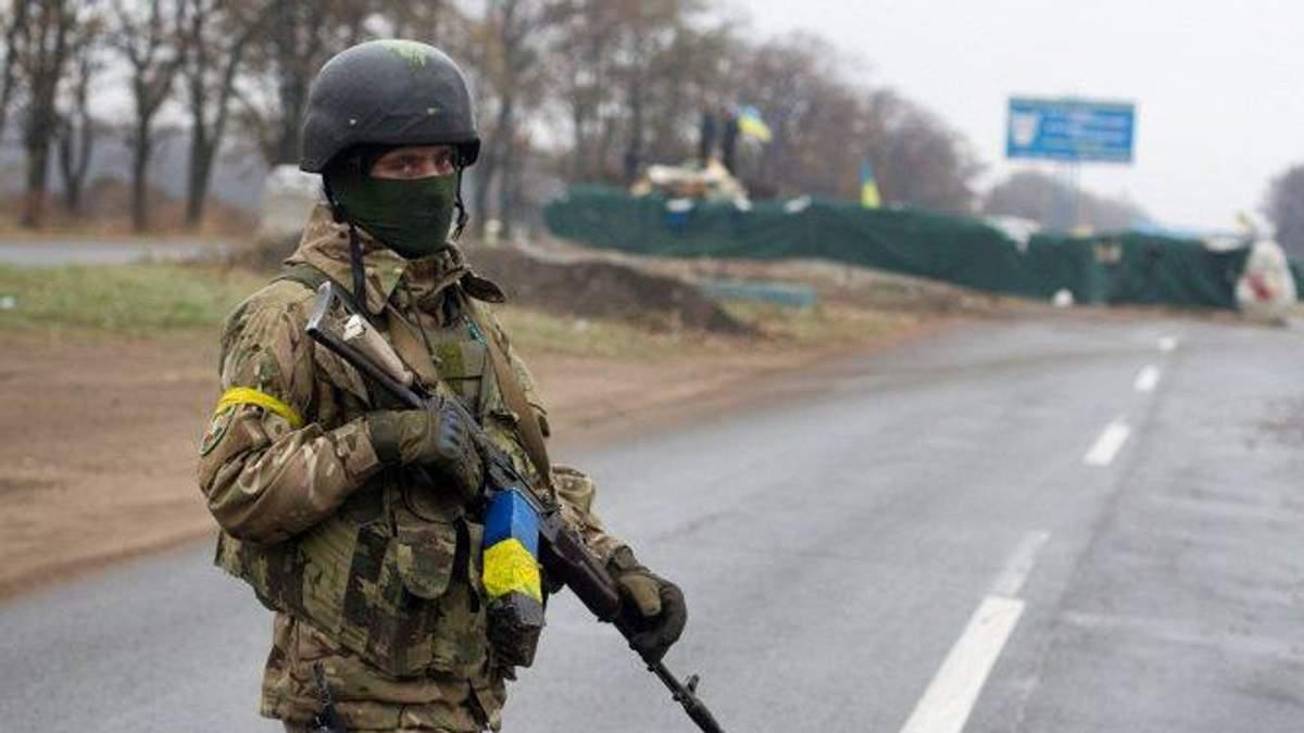 Как украинские военные приспосабливаются к усиленным обстрелам боевиков