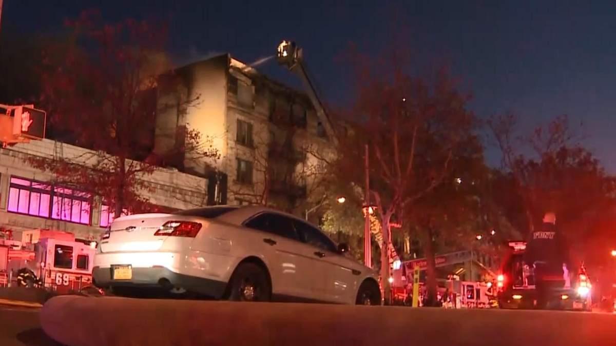 9 людей постраждали в пожежі у Нью-Йорку