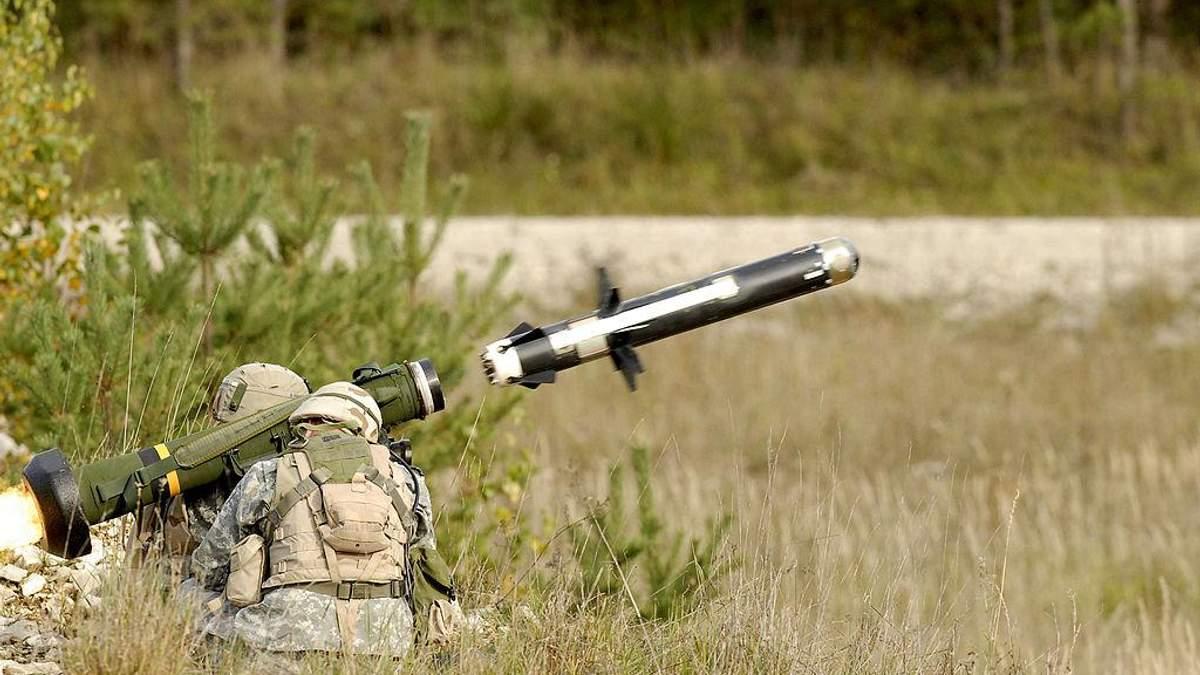 Комплекси Javelin не допоможуть Україні нейтралізувати військову загрозу з Росії