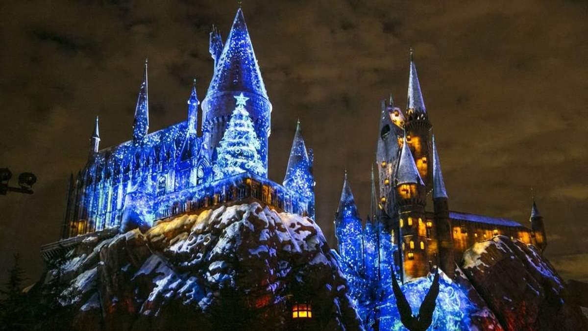 """В США открыли парк """"Волшебный мир Гарри Поттера"""""""
