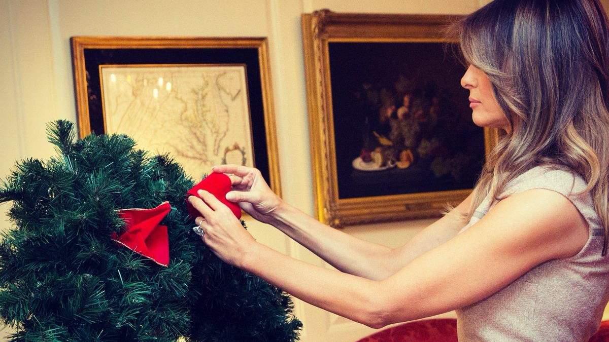 Меланія Трамп прикрасила Білий дім до Різдва