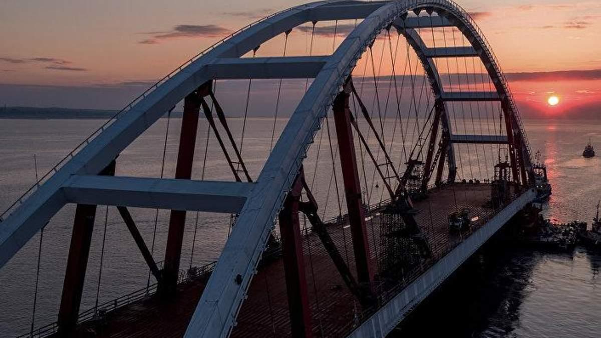 Посол США зробила різку заяву щодо будівництва Росією моста в окупований Крим