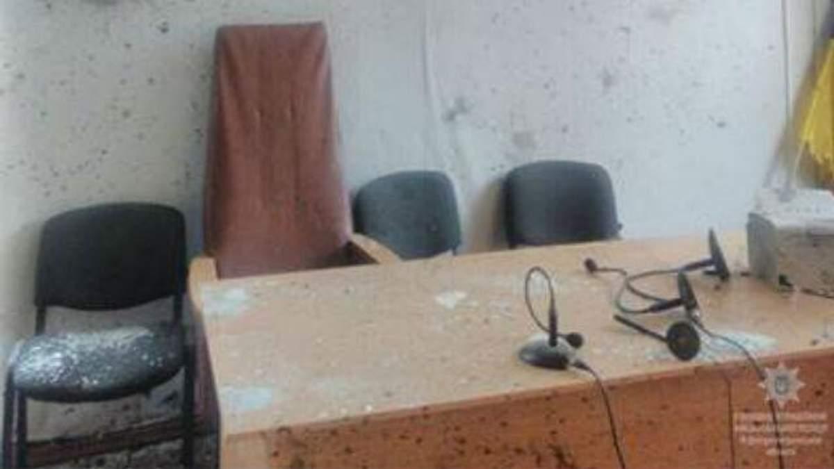 Взрыв в суде в Никополе: погиб мужчина и много раненых