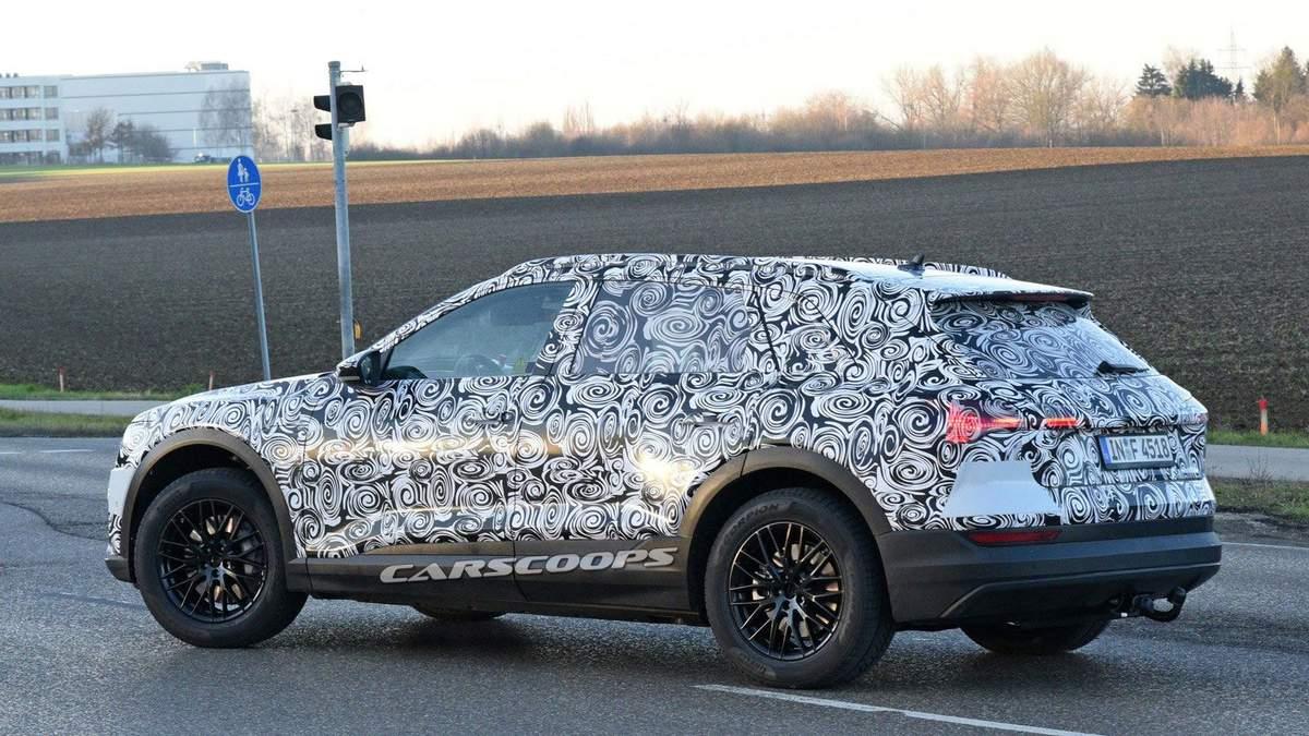 Audi E-Tron Quattro на таємних випробоуваннях в Європі