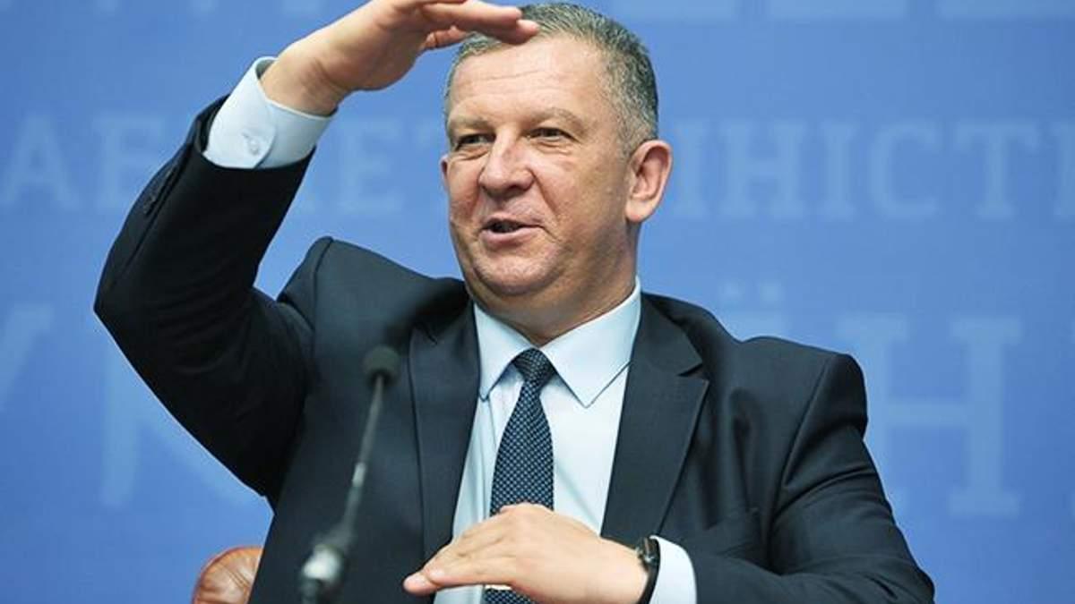 Робота в Україні: Рева розповів про ситуацію після введення безвізу з ЄС