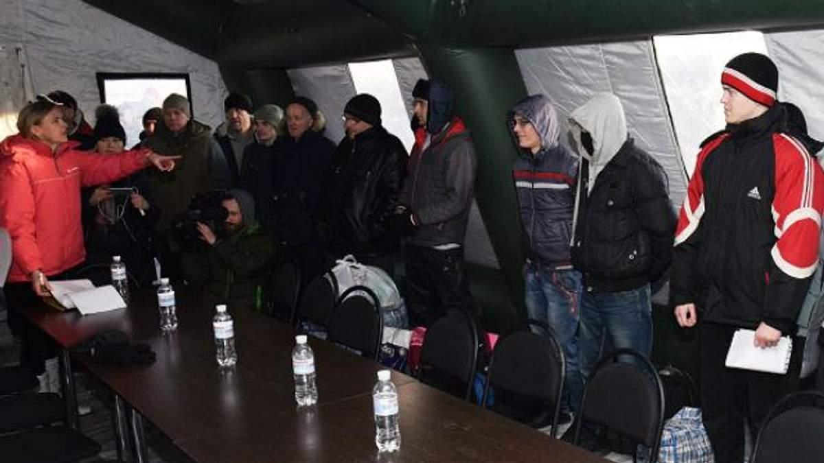 Обмен пленными 27 декабря на Донбассе: история героического танкиста