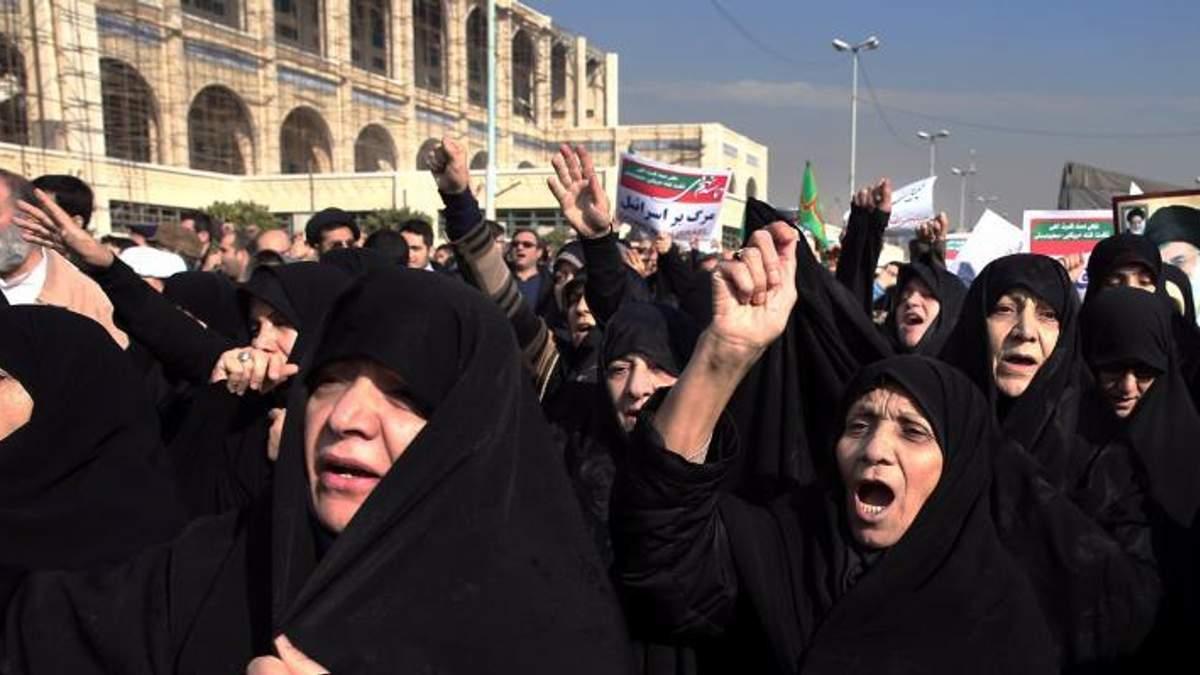 Як масові протести в Ірані стосуються України та Росії