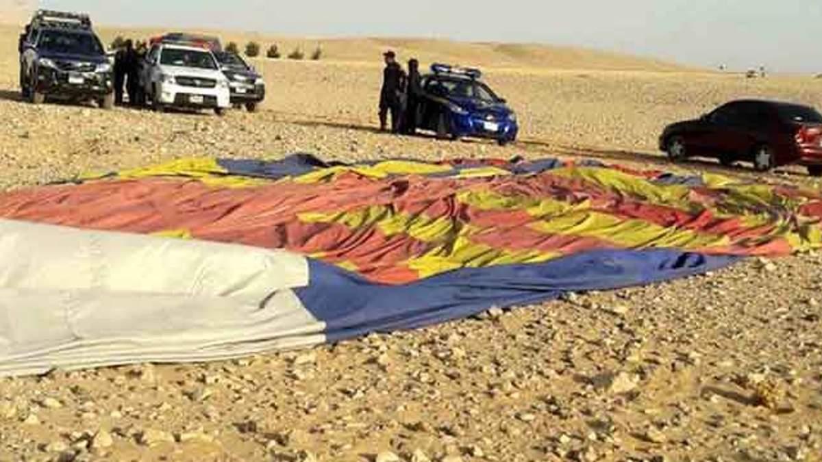 У Єгипті впала повітряна куля з туристами: моторошне відео